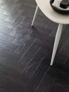 juodos grindys