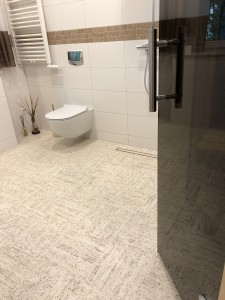 PVC grindys duše